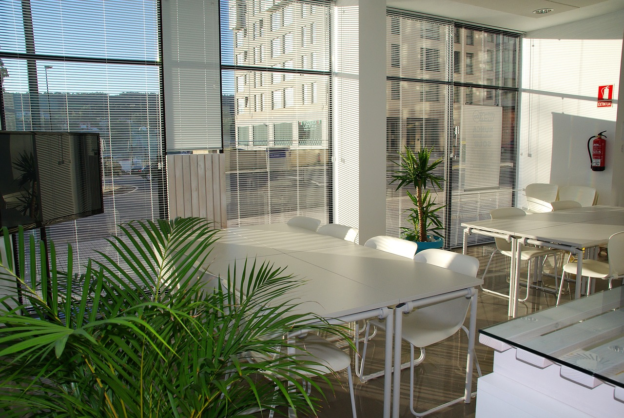 office-space-1744801_1280